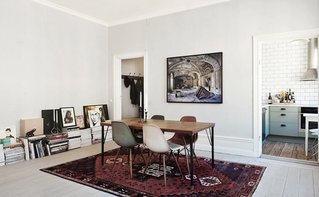 Amazing One Bedroom Studio Apartment In Stockholm Sweden Oen Largest Home Design Picture Inspirations Pitcheantrous