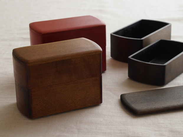 Lacquer-Boxes-Designed-by-Oji-Masanori-for-Wajima-Kirimoto-9