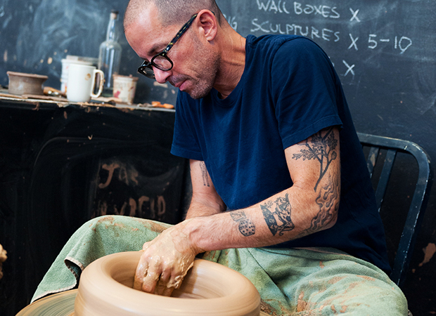 Feature-with-American-Potter-and-Sculptor-Adam-Silverman-2
