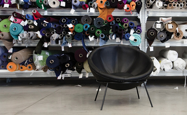 Lina-Bo-Bardis-Bowl-Chair-9