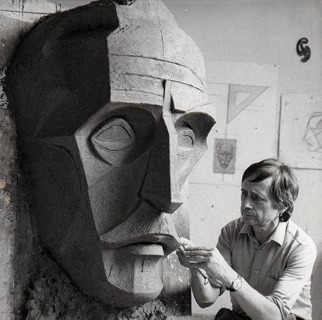 Josep-Maria-Subirachs---The-Sculptor-and-his-works-5