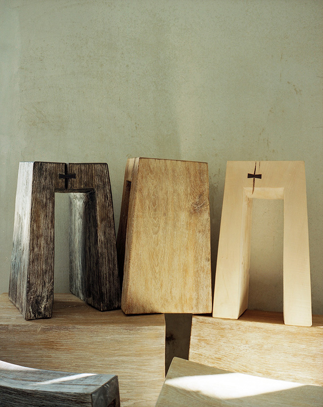 Stools-and-Benches-by-Fritz-Baumann-7