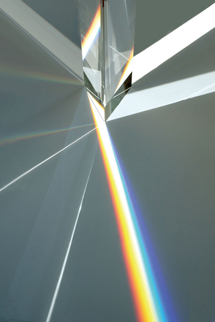 Experimenting-with-Light-&-Space---Art-by-Tokujin-Yoshioka-7