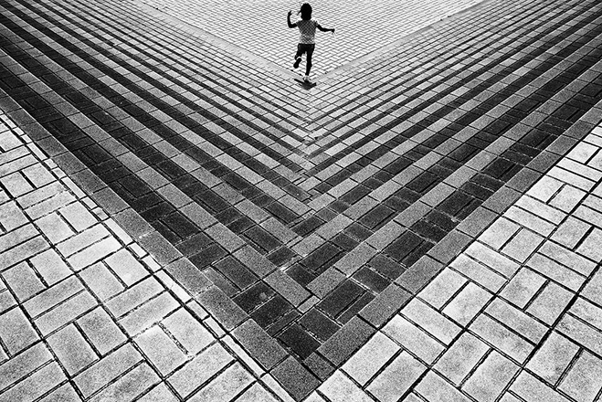 A-Different-Perspective---Points-of-View-by-Japanese-Photographer-Yusuke-Sakai-1