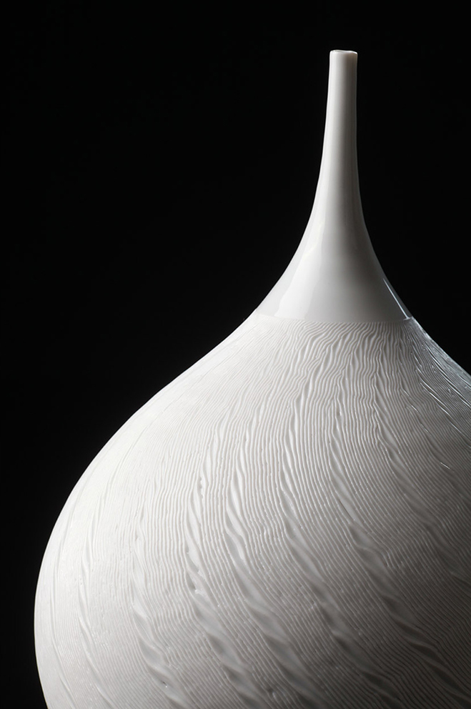 Sensitive-Minute-Details---Porcelain-Works-by-Korean-Artist-Jong-Min-Lee-12