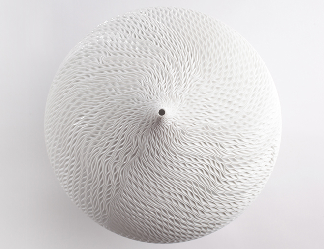 Sensitive-Minute-Details---Porcelain-Works-by-Korean-Artist-Jong-Min-Lee-8