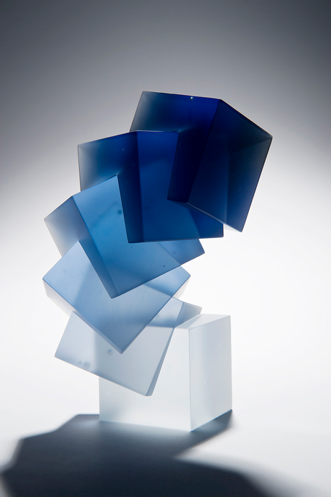 Colour,-Form-and-Light---Solid-Transparent-Glass-Sculpture-by-Heike-Brachlow-4