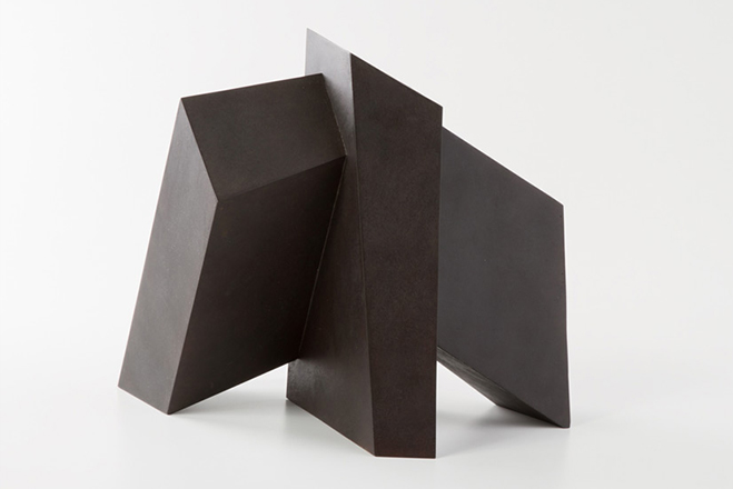 Fabricated-Structure-&-Form---Works-by-Australian-Sculptor-Morgan-Shimeld-1