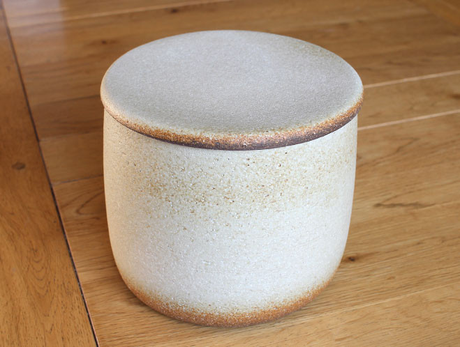 New Work at OEN Shop – Autumn 2015 Ceramics from Mushimegane Books 9