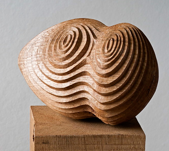 Sculptures-in-Oak---Hand-Carved-Wooden-Objects-by-Alison-Crowther-3
