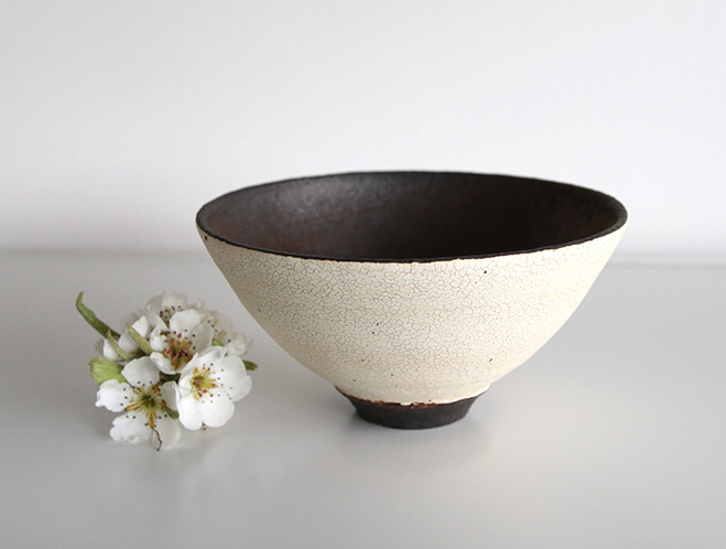 Pottery for a Modern Lifestyle - New Works at OEN Shop by Shinobu Hashimoto 6