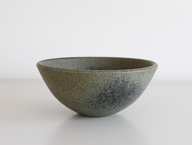 Flecked and Mottled - New Pottery at OEN Shop by Mushimegane Books 11