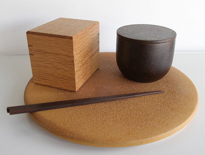 Simple Shapes - New Ceramics from Mushimegane Books 9