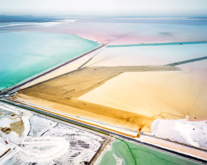 fields-plottings-and-extracts-salt-by-canadian-photographer-david-burdeny-1