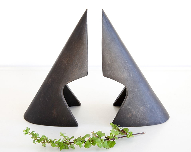 Bookends by Carl Aubock at OEN Shop