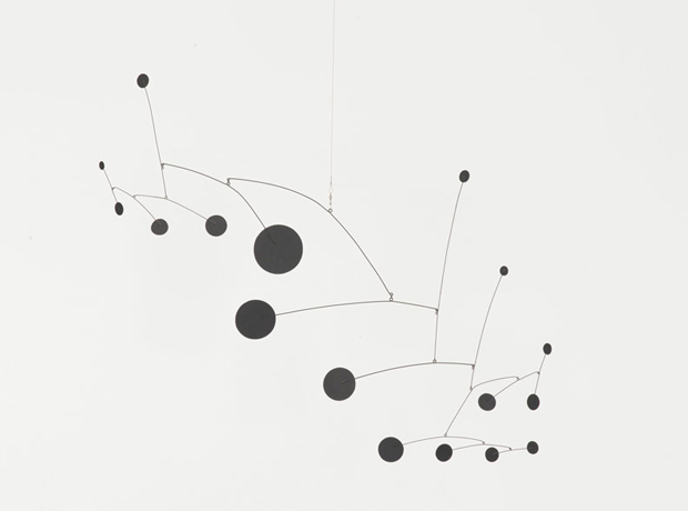 Mobiles, Stabiles and Sculptures by Alexander Calder | OEN