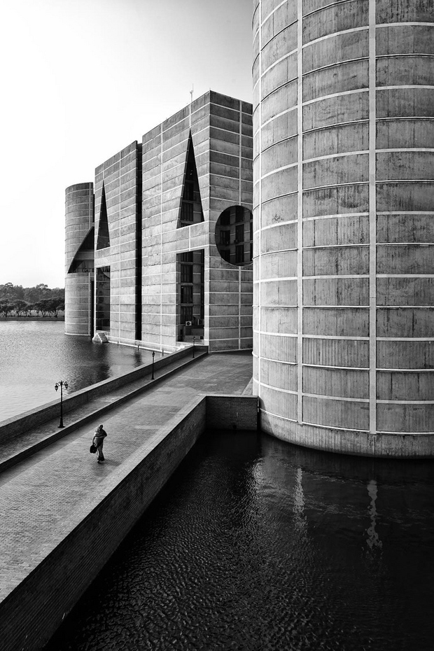 Louis Kahn Visual Archive by Naquib Hossain 8
