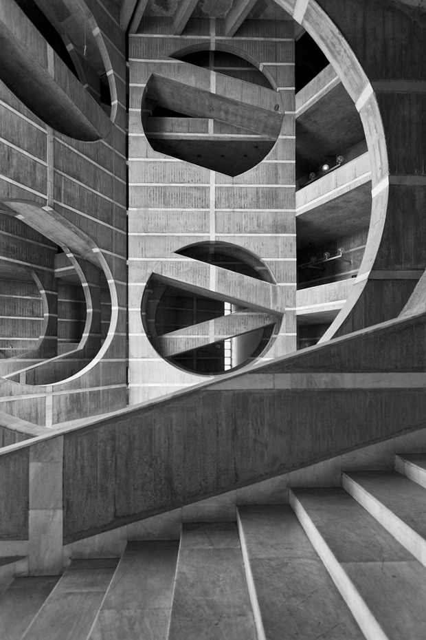 Louis Kahn Visual Archive by Naquib Hossain 9