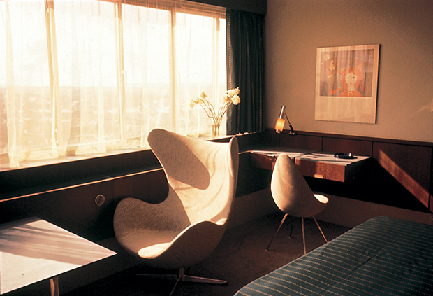 Room-606-by-Arne-Jacobsen-4