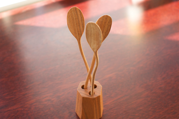Wooden-Objects-by-Dairoku-at-OEN-Shop-6