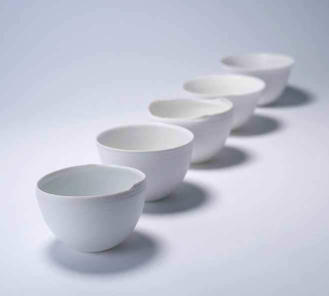 Porcelain-Tableware-by-Ko-Hee-Sook-3