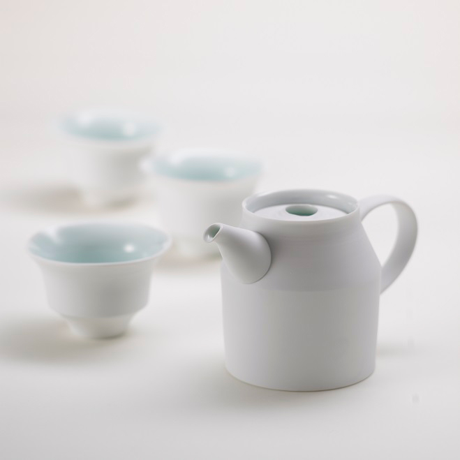 Porcelain-Tableware-by-Ko-Hee-Sook-7