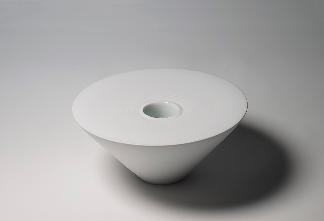Porcelain-Tableware-by-Ko-Hee-Sook-9