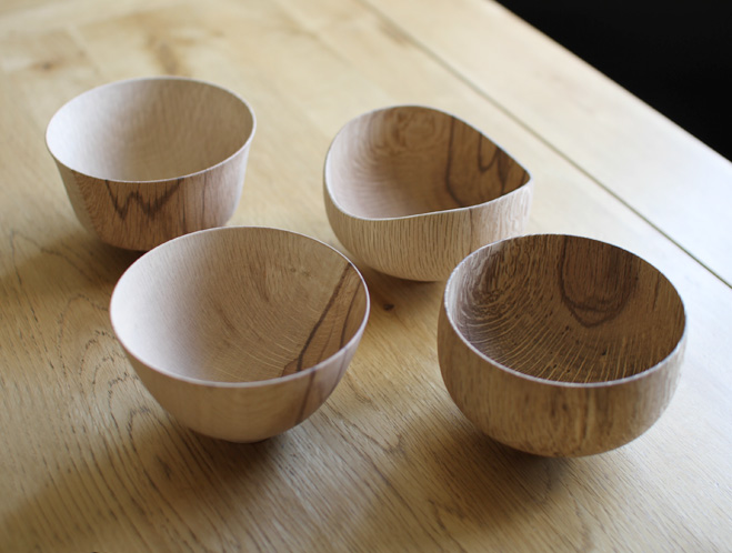 Oak-Wooden-Bowls-from-Kihachi-Workshop-at-OEN-Shop-4