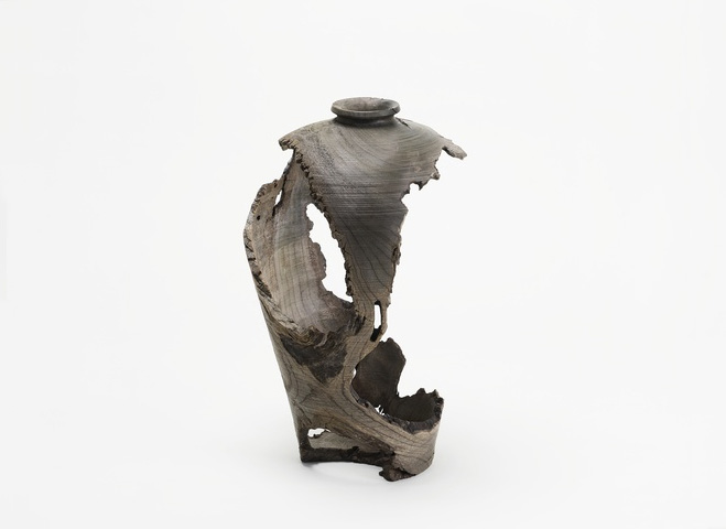 Inspired-by-Old-Pottery---Hand-Carved-Wooden-Objects-by-Hiroto-Nakanishi-4