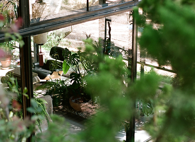 Eames-House-&-LA-Architecture-by-Mark-Robinson-10