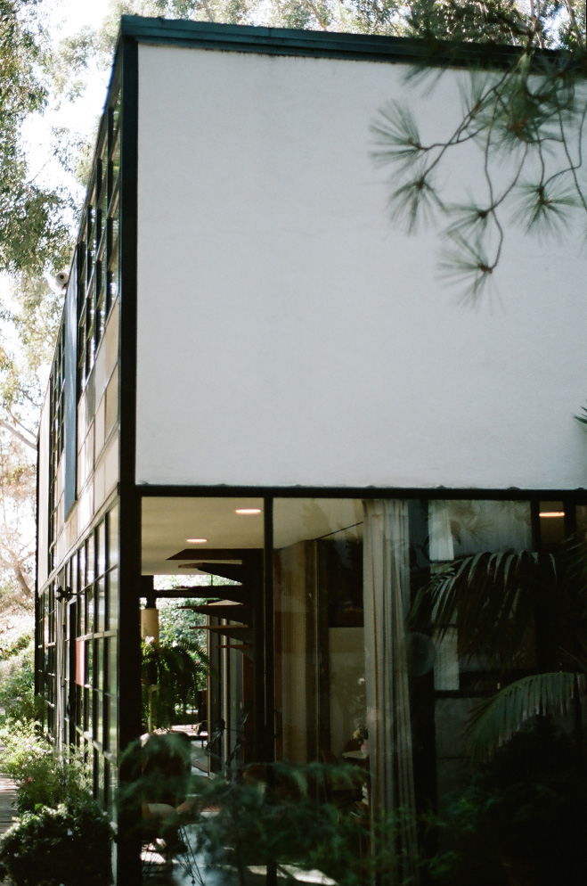 Eames-House-&-LA-Architecture-by-Mark-Robinson-13