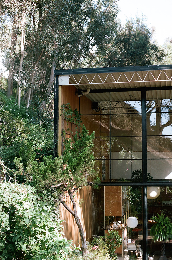 Eames-House-&-LA-Architecture-by-Mark-Robinson-7