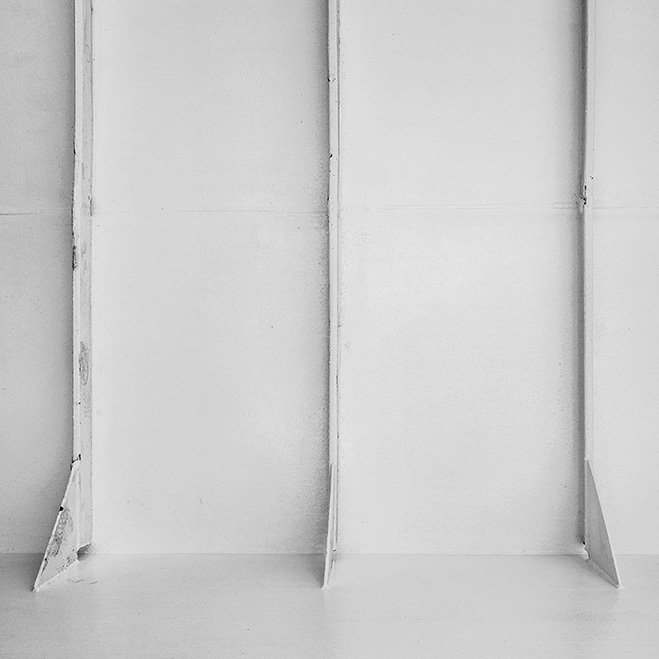 Emptiness-and-Silence---Whitescapes-by-Italian-Photographer-Alex-Pardi-10