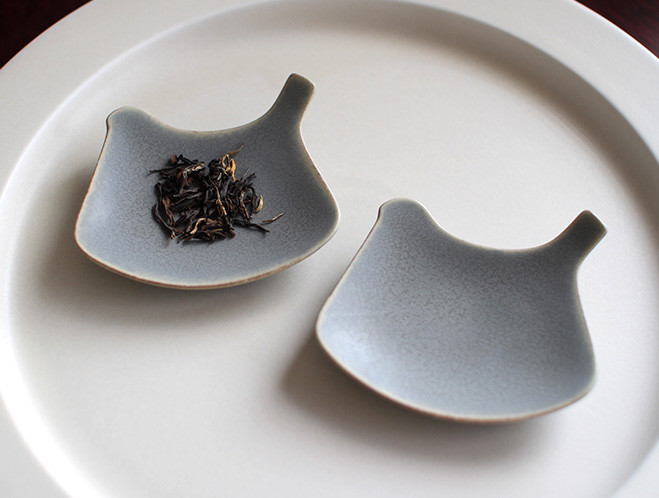 Teapots, Cups & Small Plates - Designed in Tokyo by Yumiko iihoshi 8
