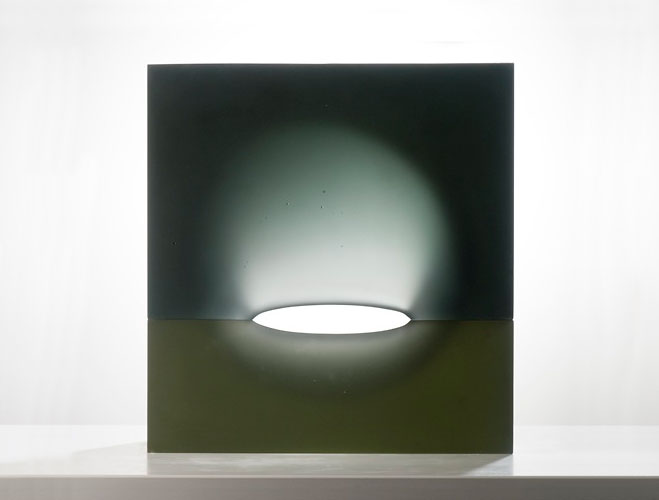 Goemetric-Glass-Sculptures-by-Richard-Whiteley-7