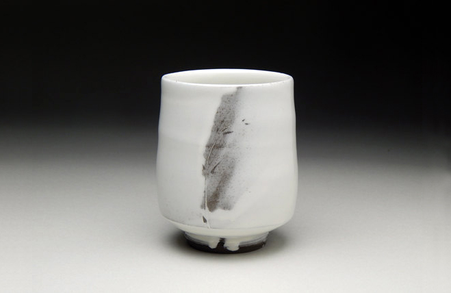 Studio-Yunomi-–-Handmade-Expressive-Footed,-Un-Handled-Cups-2