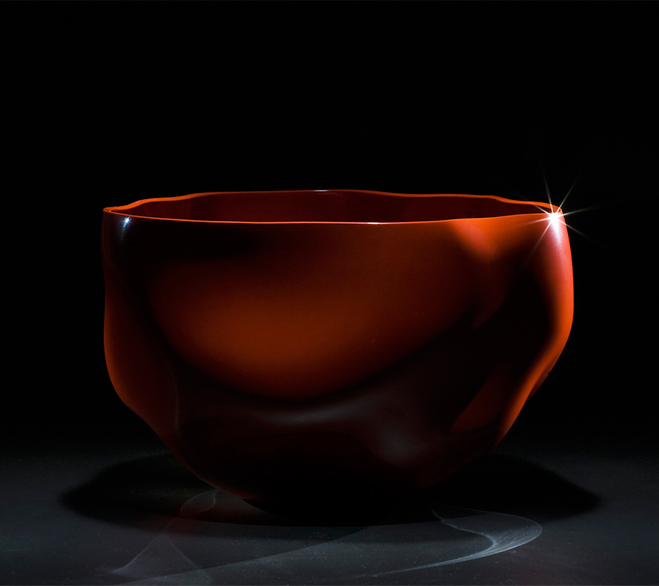 Layer-by-Layer---Lacquer-Vessels-by-Korean-Artist-Chung-Hae-Cho-2