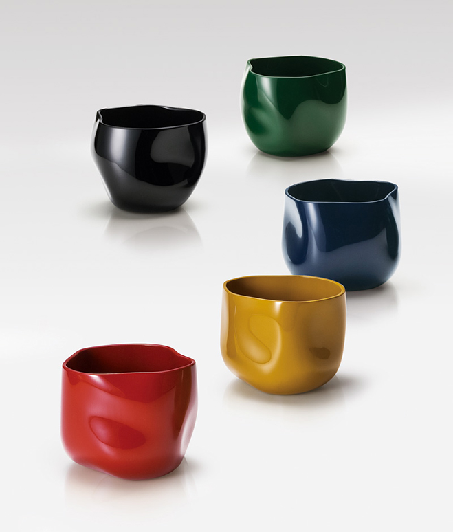 Layer-by-Layer---Lacquer-Vessels-by-Korean-Artist-Chung-Hae-Cho-3