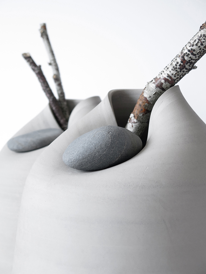 Vases-with-Stone---Unique-Vases-Produced-by-Martin-Azua-&-Marc-Vidal-2