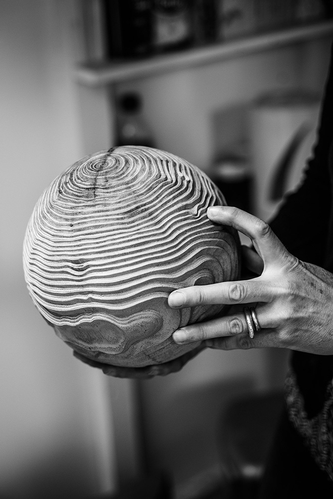 Sculptures-in-Oak---Hand-Carved-Wooden-Objects-by-Alison-Crowther-5