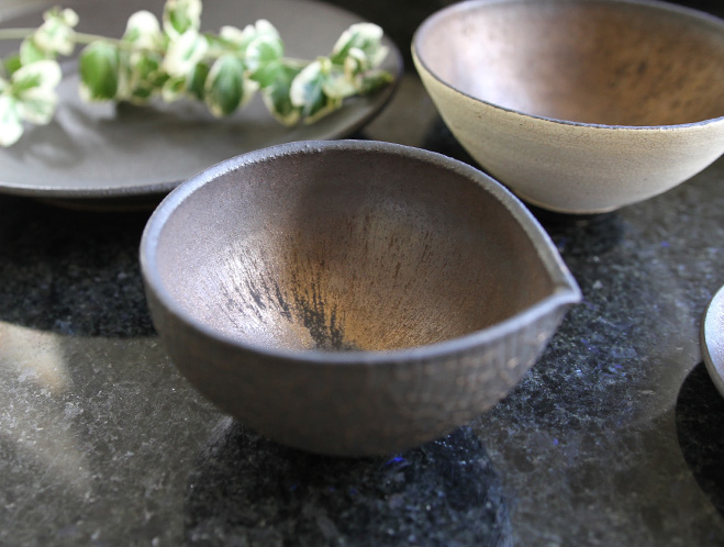 Pottery for a Modern Lifestyle - New Works at OEN Shop by Shinobu Hashimoto 3