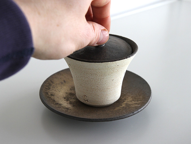 Pottery for a Modern Lifestyle - New Works at OEN Shop by Shinobu Hashimoto 5