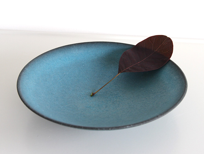 Blue-Wide-Bowl---Ceramics-by-Keiichi-Tanaka-at-OEN-Shop-2