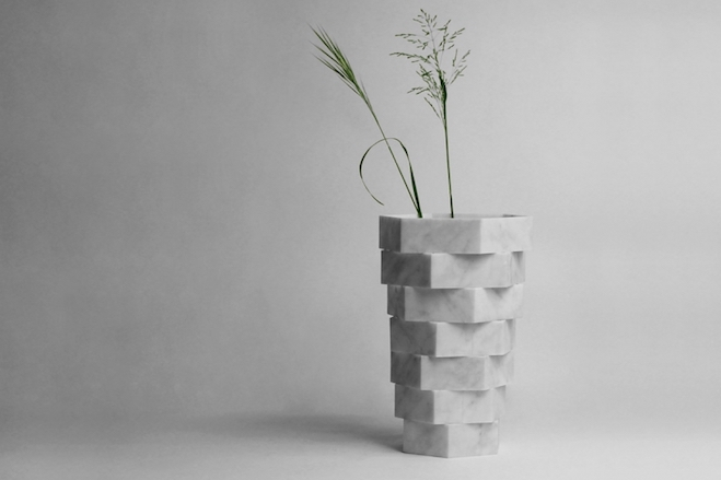 marble-vases-introverso-staggered-stone-objects-by-moreno-ratti-6